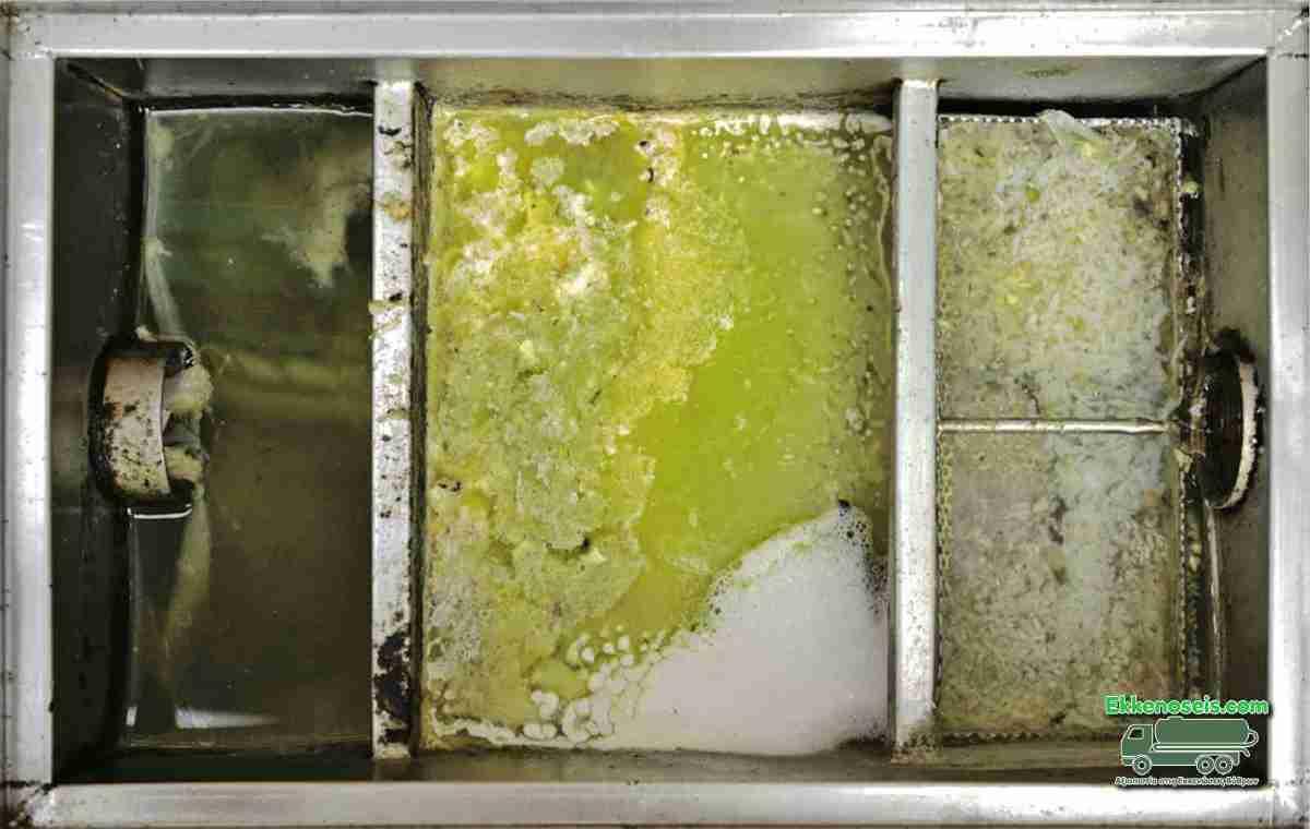 Καθαρισμός λιποσυλλέκτη σε εστιατόριο Αθήνας